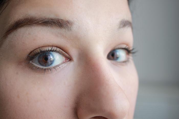 kontaktlinsen, colors, freshlook, blue, blau, dark eyes, dunkle augen